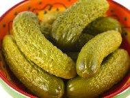 Рецепта Люта кисела туршия от краставички с оцет, захар и копър в буркани (зимнина)
